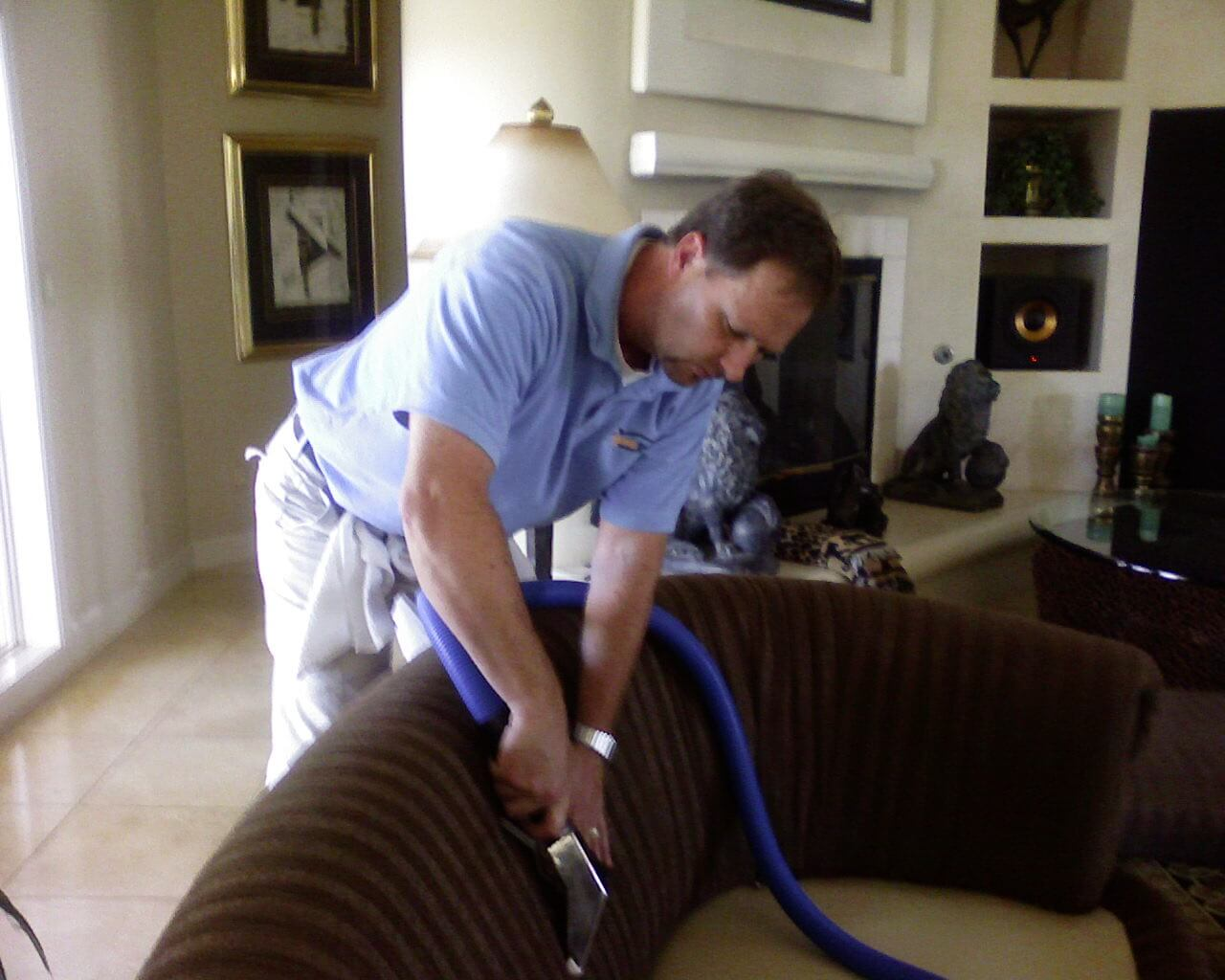 upholstery cleaning modesto